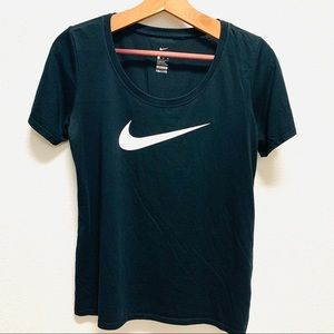 Nike swoosh t shirt. Like new. Size M